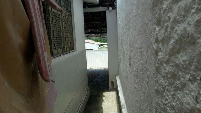 Vendo ou permulto casa no Castelo Branco  - Foto 6