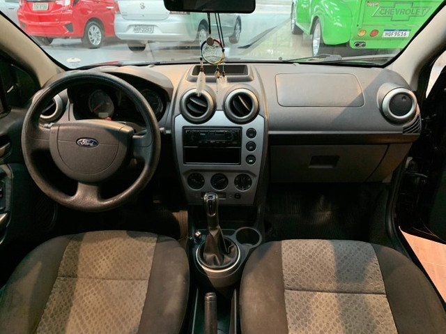 Fiesta Hatch 1.0 4p. Completo com IPVA 2021 Pago - Foto 10