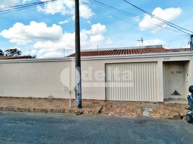 Casa à venda com 3 dormitórios em Jardim ipanema, Uberlandia cod:35240