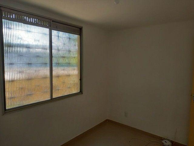 Excelente apartamento reformado em Realengo no Cond. Limites - Foto 11