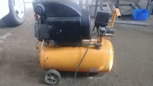 Compressor champerine