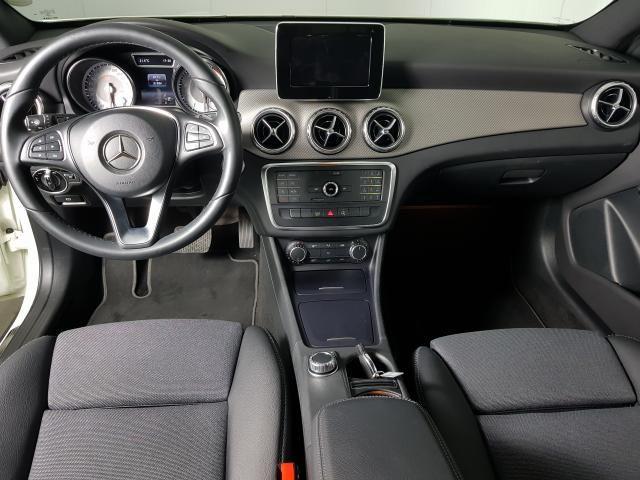 Mercedes GLA 200 Adv. 1.6/1.6 TB 16V Flex  Aut. - Branco - 2016 - Foto 6
