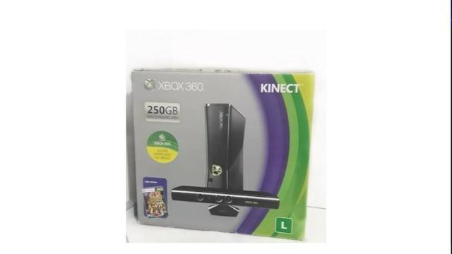 XBOX 360 com Kinect - 250GB Semi-novo - Foto 5