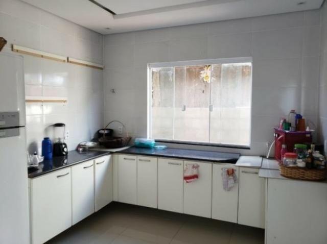 Aos pés do Park Way, 02 quartos, 01 suíte, cozinha com armários planejados, 400m² de lote - Foto 13