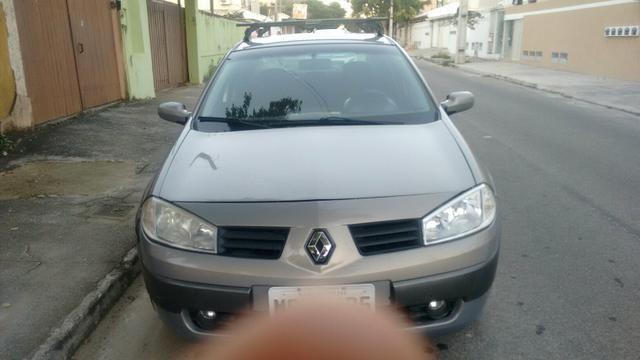 Renault Megane Sedan 2008 Lindo carro