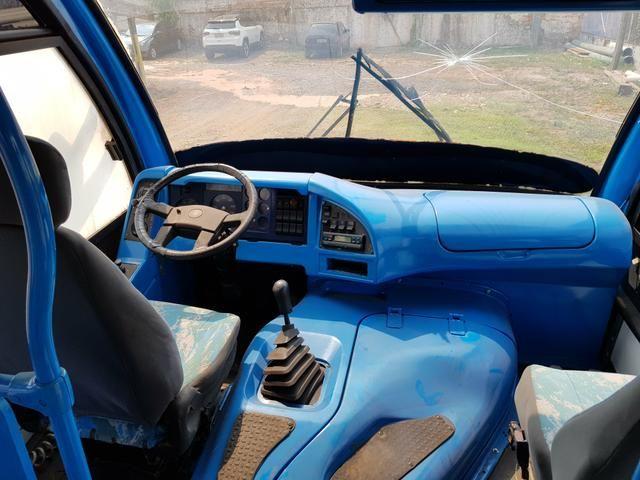 Micro Ônibus 20 lugares + Motorista - Foto 4