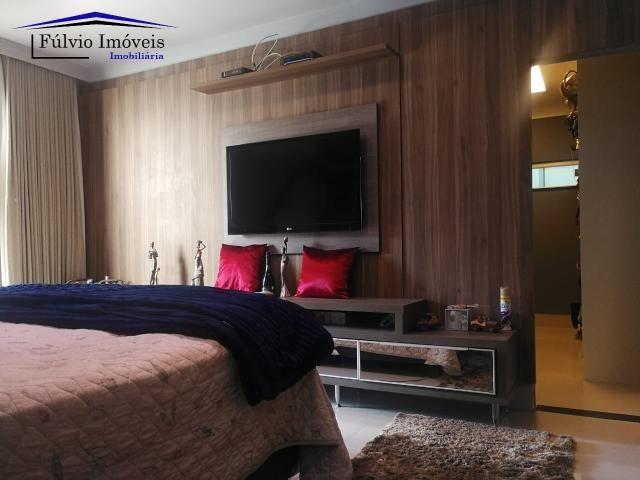 Maravilhosa casa moderna, completa em armários, ar condicionado, 05 quartos, 04 com suítes - Foto 4
