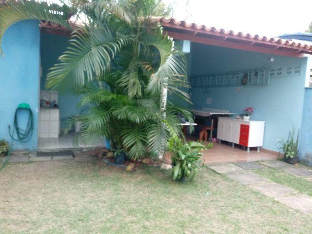 Casa escriturada, excelente localização na entrada do bairro São José. - Foto 5