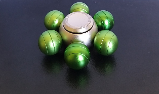 Hand spinner metálico 6 pontas