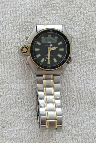 Relógio modelo Aqualand marca Atlantis com pulseira de aço inoxidável