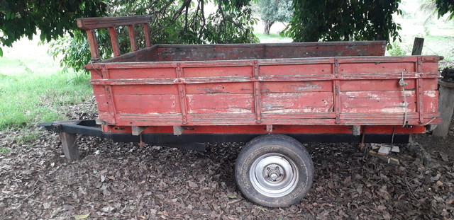 Trator ford com implementos - Foto 4