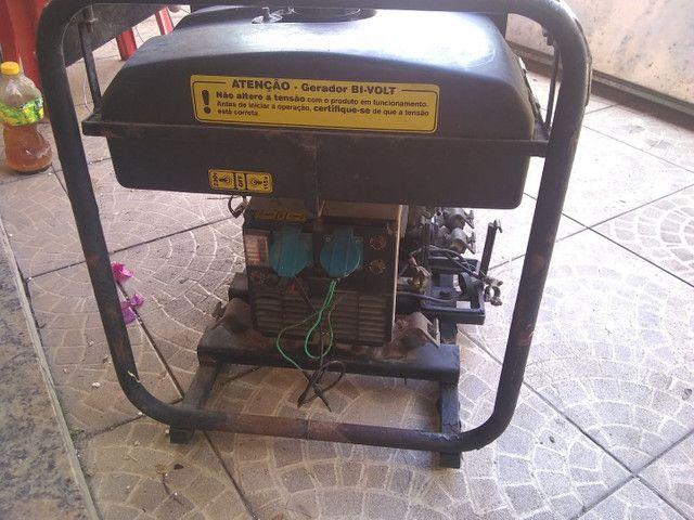 Gerador disiel partida elétrica branco - Foto 2