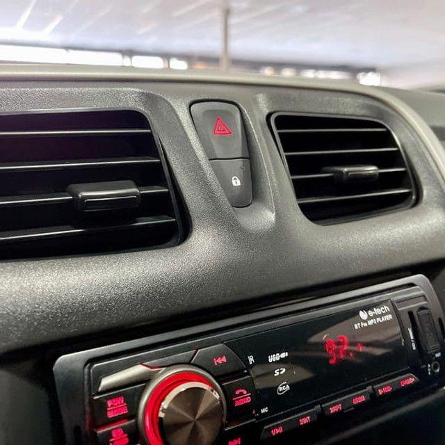 Renault Logan Authentique 1.0 12V  (Flex) - 2019 - Foto 16