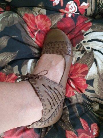 Sapato rasteiro de amarrar couro legítimo  - Foto 4