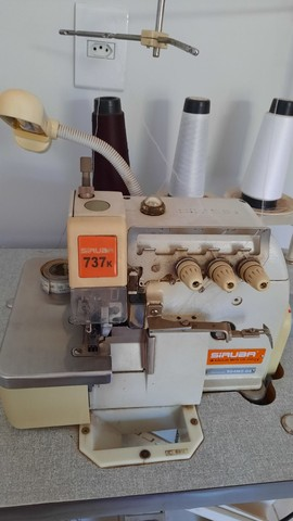 Maquina Overloque Industrial  - Foto 4