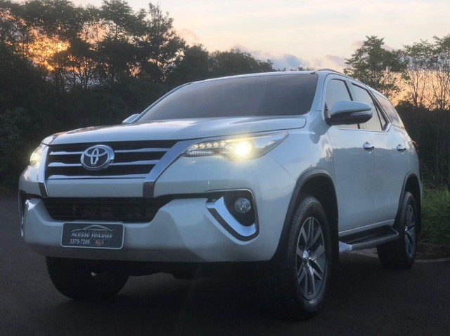 Toyota - SW4 SRX 2.8 2017 - Foto 5