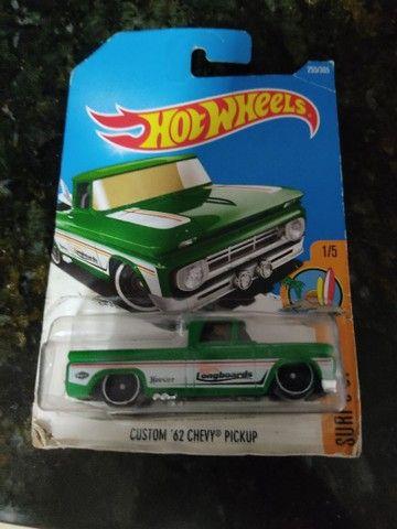 Hot Wheels Chevy 62 custom