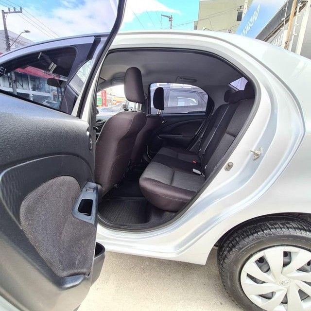 ETIOS XS Sedan 1.5 Flex 16V 4p Aut. - Foto 13