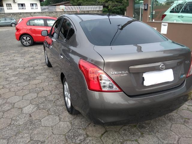 Versa Nissan Versa SL 2013 - Foto 18