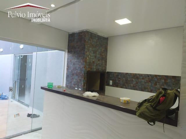 Casa exuberante de Alto Padrão com 02 suítes, 01 closet e churrasqueira - Foto 7