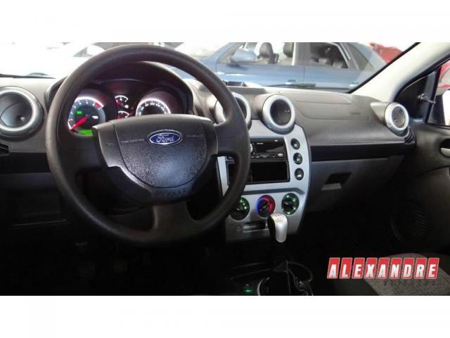 Ford Fiesta Sedan Sedan 1.6 Flex - Foto 6
