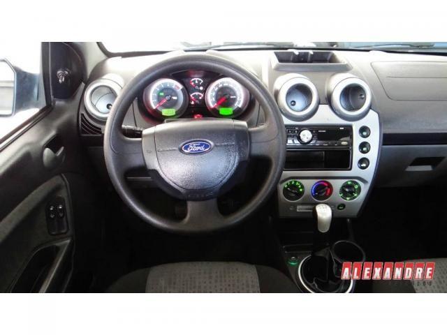 Ford Fiesta Sedan Sedan 1.6 Flex - Foto 5