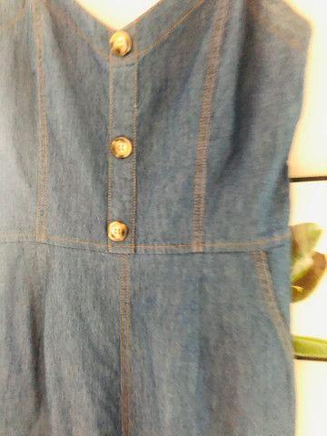 Macacão jeans M/G - Foto 4