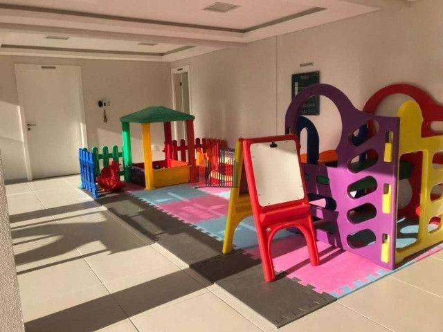 AP8043 Apartamento com 2 dormitórios, 69 m² por R$ 550.000 - Balneário - Florianópolis/SC - Foto 17