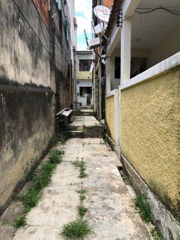 Boa Casa Linear de Vila, 2 qts, rua Manoel Reis, Praça do Exército, Nilópolis - Foto 15