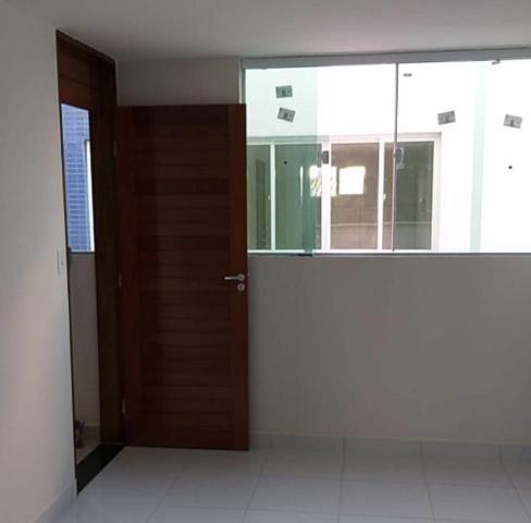 Apartamento em Mangabeira (Excelente localização)