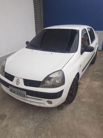 Renault Clio 1.6 16v extra de tudo pegar é rodar !