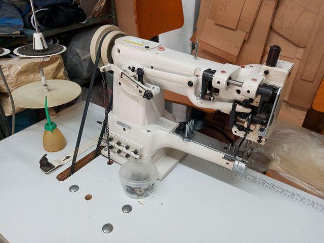 Maquina costura modelo 335 transporte triplo