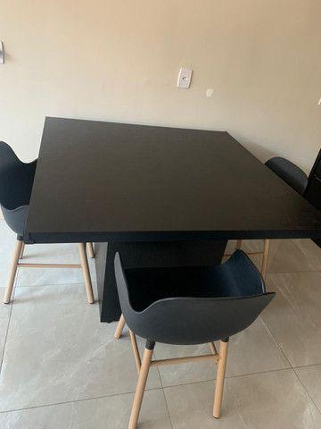 Mesa PLANEJADA MADEIRA 3 Cadeiras, Preço negociável - Foto 2