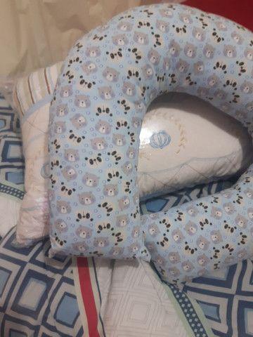 Vendo almofada de amamentação kit do berço  - Foto 2