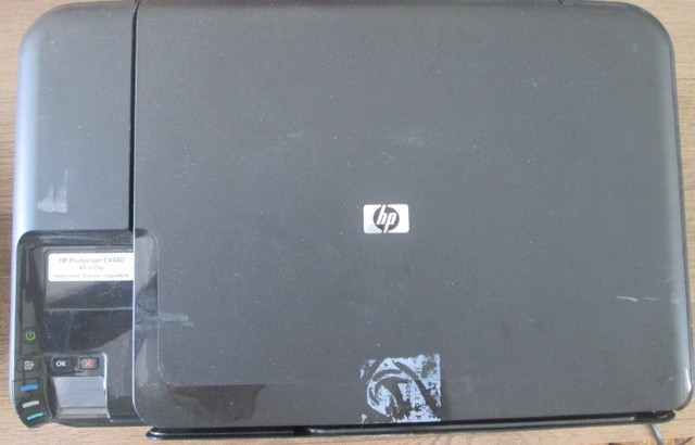 Impressora Hp C4480 Liga e Não Imprime - Foto 3