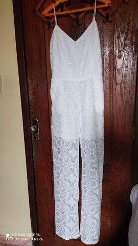 """02 macacão branco TM """"M"""" 01 Vestido para casamento em cartório TM """"M"""" - Foto 4"""