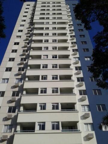 8062 | Apartamento para alugar com 3 quartos em Vila Cleòpatra, Maringá