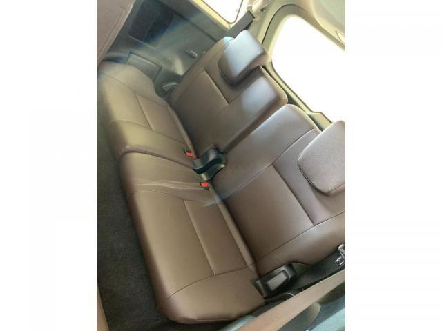 Toyota Hilux Sw4 2.7 SRV 7 LUGARES 4X2 16V FLEX 4P AUTOMATICO - Foto 8