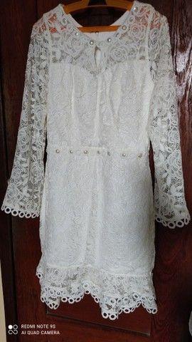 """02 macacão branco TM """"M"""" 01 Vestido para casamento em cartório TM """"M"""" - Foto 5"""