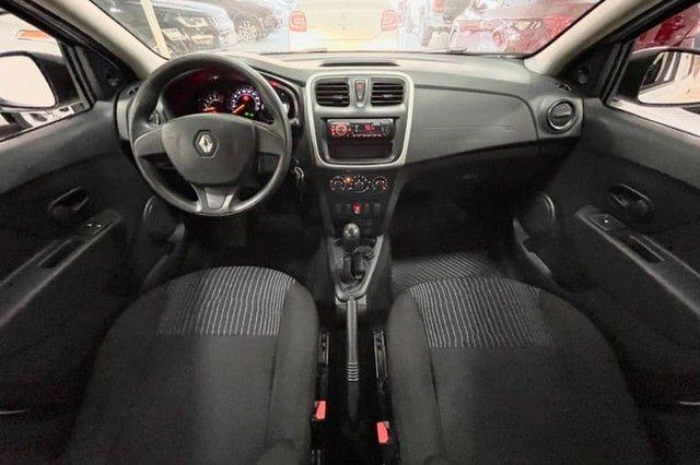 Renault Logan Authentique 1.0 12V  (Flex) - 2019 - Foto 13