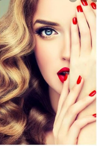 Cabeleireiro/ manicure