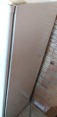 Vendo essa geladeira Consul barata 100 - Foto 4