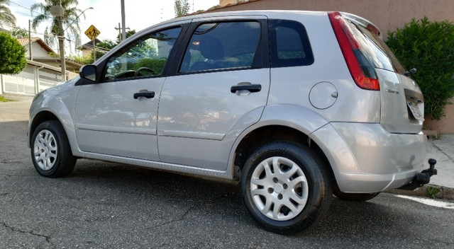 Fiesta Hatch 1.6 Flex completo - Foto 3