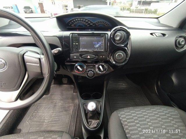 VENDO ou TROCO, Toyota Etios 1.3X 2016 completo - Foto 5