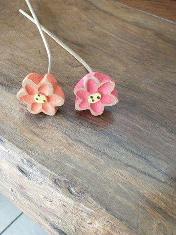 Flores em madeira tamanho P - Foto 2