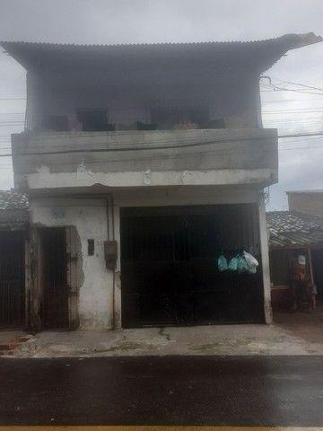 Casa com dois pavimentos mais um kit net zap pra contato *14