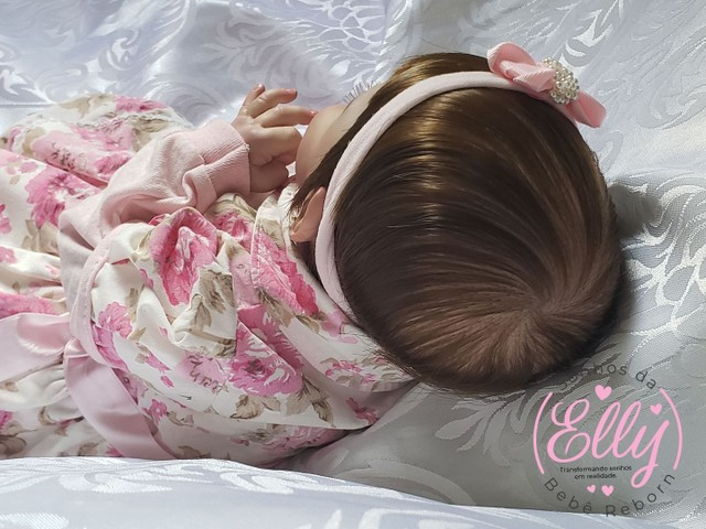 Bebê reborn kit Sunny com enxovalzinho  - Foto 3