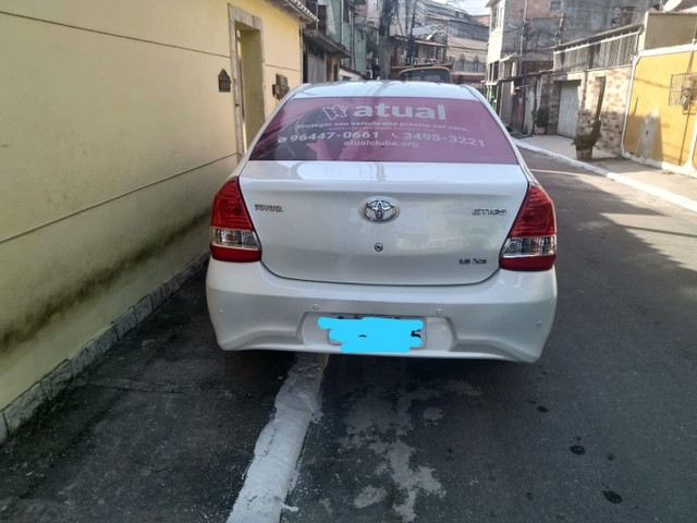 Toyota Etios Sd Xs 1.5 MT - Foto 2