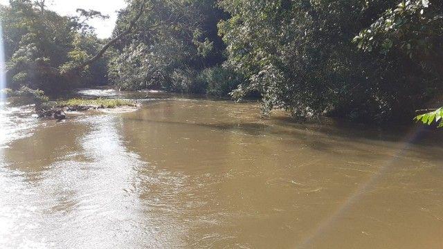 Chácara com Rio Piscina Casa e Reserva em Cristianópolis Goiás