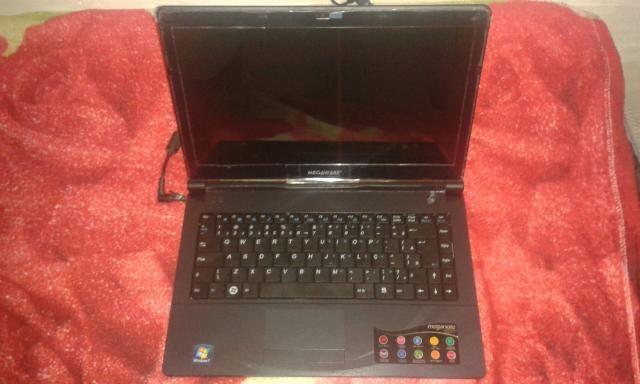 Notebook Megaware semi novo leia